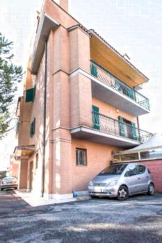 Flatinrome Fiera - Apartment mit 1 Schlafzimmer und Terrasse