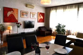Apartment Royal - Apartment mit 2 Schlafzimmern und Terrasse