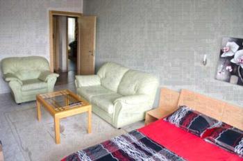 Apartment Holiday-2 - Studio mit Balkon