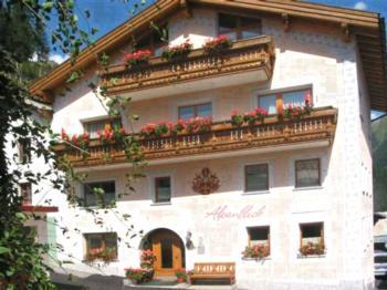 Ferienwohnung Haus Alpenblick, (Samnaun-Compatsch). Haus Alpenblick Nr. 308