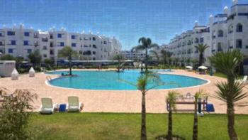 Sania Plage - Apartment mit Poolblick