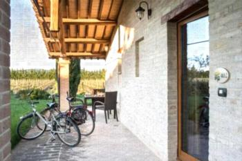 Valle di Assisi Country Resort - Deluxe Apartment mit 2 Schlafzimmern