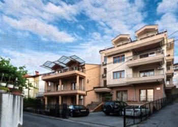Antigona Apartments - Apartment mit 2 Schlafzimmern mit Balkon