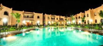 ApartHotel Nzaha - Apartment mit Poolblick