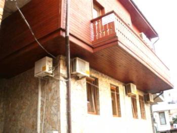 Guest House Konkordia - Pokój Rodzinny z tarasem