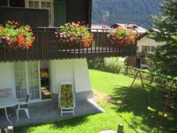 Ferienwohung Cavegn-Deplaz, (Sedrun). Ferienwohnung mit Dusche/WC, 70.5 m2 für max. 5 Personen 126.01