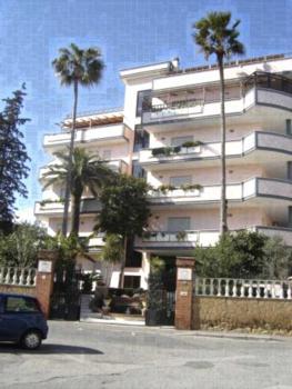 Residence Nettuno - Apartment mit 3 Schlafzimmern und Meerblick