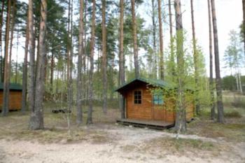 Hirvemäe Camp - Familienzimmer mit Dusche