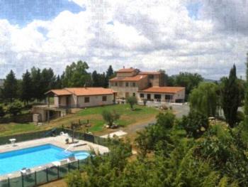 Agriturismo Diaccialone - Apartment mit Poolblick