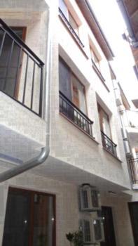 Guest House Katinula - Pokój Rodzinny z balkonem