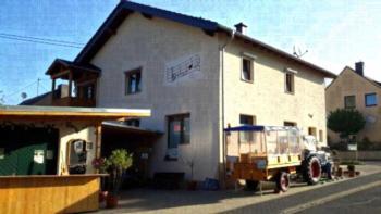 Privatpension Thun - Familienzimmer mit Dusche