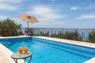 Exklusive Villa mit Pool in Dalmatien
