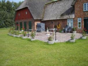 Exklusives Reetdach-Landhaus mit Hallenbad und Sauna