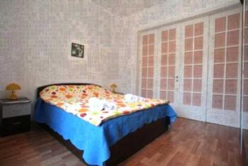 Inter Apartment - Apartment mit 2 Schlafzimmern mit Balkon
