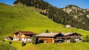 Luxus Chalet-Lodge 10 - 40  Personen  auf 1.350m mit privatem Wellnessbereich, ideal für Gruppen, Events, Shootings, Feiern, Seminare, Konferenzen