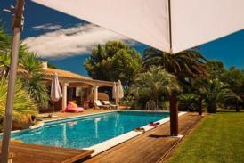 Luxuriös eingerichtete Villa in Perpignan, 4.000 m² Park, Fahrräder, Sommerküche mit Grill, Spa mit Blick auf Koi-Teich
