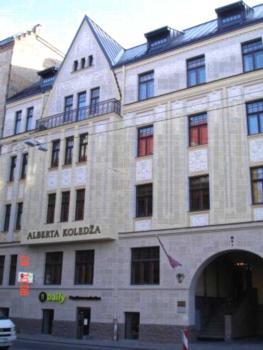 Skolas 22 Riga - Studio-Apartment