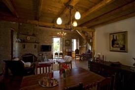 Historische Villa mit 3 Apartments, romantisches Ambiente, ruhige Lage
