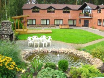 Strenči Guesthouse - Familienzimmer mit Gemeinschaftsbad (5 Erwachsene)