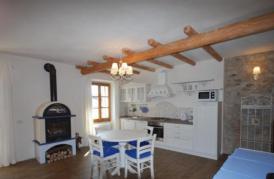 Luxuriöse Wohnung im rustikal-modernen Stil, Seeblick, ruhige Lage