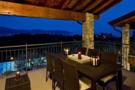 Neue Luxus Ferienwohnung auf Golfplatz mit Seeblick und Schwimmbad