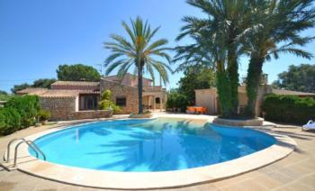 Ferienhaus für 6 Personen in Santa Margalida, ruhige Lage, Pool, Klimaanlage, Wifi