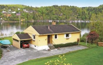 Holiday home Langangen