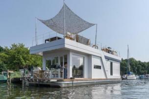 Exklusives Hausboot unweit von Berlin mit Jacuzzi und Sauna