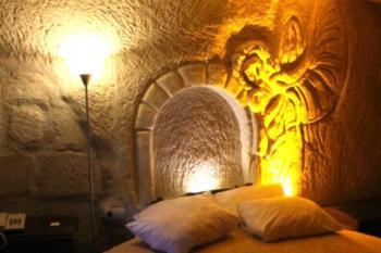 Sunset Cave Hotel - Familienzimmer (2 Erwachsene + 2 Kinder)