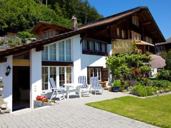 Holiday apartment Am Brienzersee