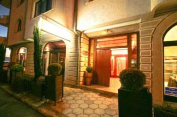 Villa Dea - Apartment mit Balkon