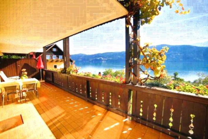 luxus ferienhaus ferienwohnung in millstatt buchen. Black Bedroom Furniture Sets. Home Design Ideas
