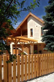 Family Panzio es Apartman Hazak - Apartment mit 3 Schlafzimmern (6 Erwachsene)