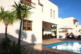 Luxus Villa mit 3 Schlafzimmern