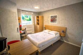 Appart Hotel Reims Champ De Mars - Studio (1 Erwachsener)