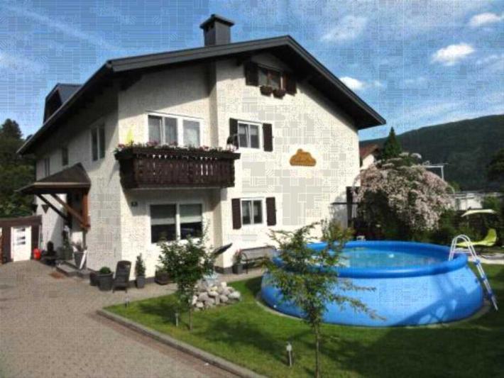 luxus ferienhaus ferienwohnung in steindorf am ossiacher see buchen. Black Bedroom Furniture Sets. Home Design Ideas