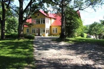 Nurmeveski Guesthouse - Familienzimmer mit Gemeinschaftsbad