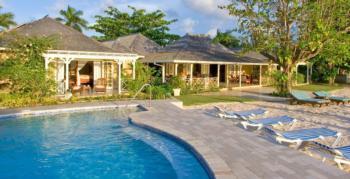 Exklusive Luxusvilla mit Privatstrand, idyllisch gelegen, tropischer Garten