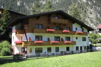 Gästehaus Panorama - Familienzimmer