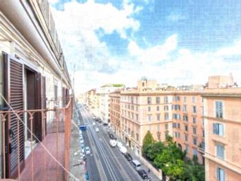 RSH Termini Apartments - Napoleone Studio