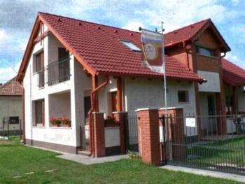 Oázis Apartmanok - Apartment Oazis Residence