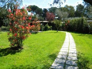 Locanda di Decima - Großes Apartment mit 1 Schlafzimmer und Gemeinschaftsgarten