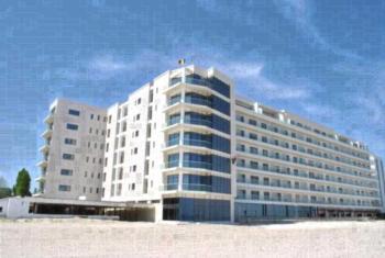 Riviera Residence Apartments - Apartament z 2 sypialniami i częściowym widokiem na morze