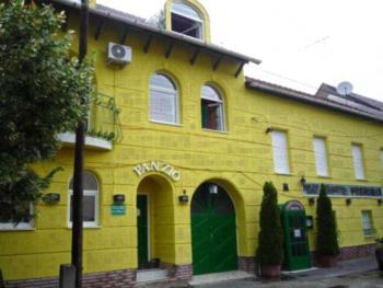 Francia Panzió - Fünfbettzimmer mit Gemeinschaftsbad