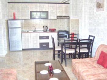 Kire Apartments - Apartment mit 1 Schlafzimmer und Balkon