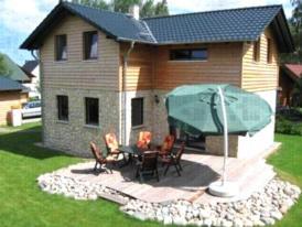 Dat Steinhus, urgemütlich und luxuriös, 3 Schlafzimmer, 2 Bäder, Kaminofen, Sauna, Fahrräder vor Ort - mitten in der Natur - Ruhe und Erholung