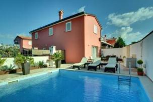 Villa in Rovinj für 6+2 Pers.