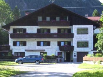 Gästehaus Heiss - Apartment mit 3 Schlafzimmern und Balkon