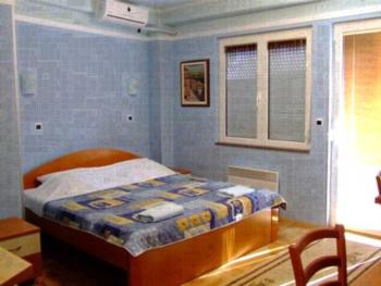 Dac Apartments - Studio mit Balkon (3 Erwachsene)