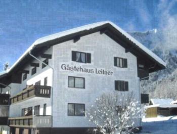 Pension Leitner - Apartment mit 2 Schlafzimmern und Balkon (2-4 Erwachsene)
